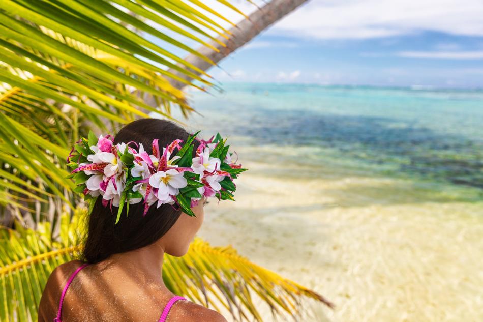 Elogio alla lentezza sulle paradisiache spiagge delle Isole di Tahiti.