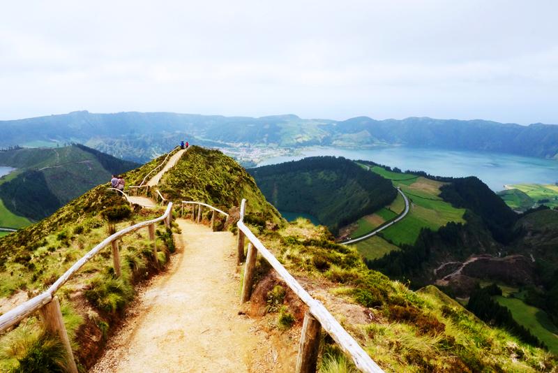 Risultati immagini per trekking a Sete Cidades